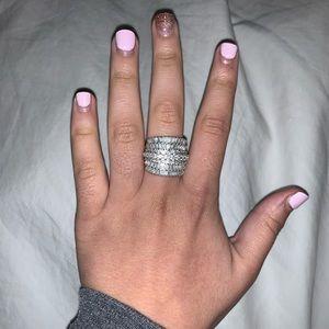 Diamond ring 2k size 7
